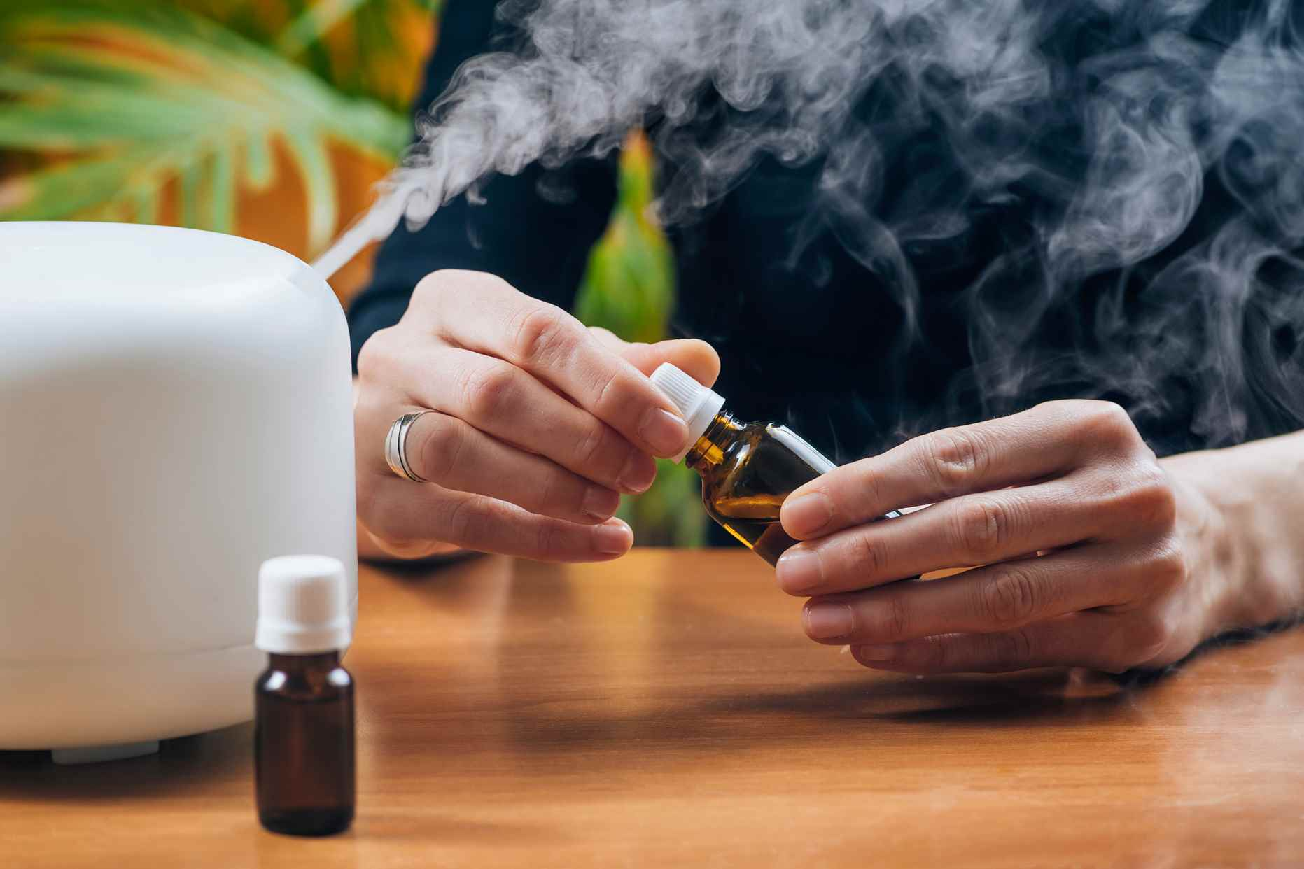 Humidifiers for the Elderly: Choose Senior-Friendly Features
