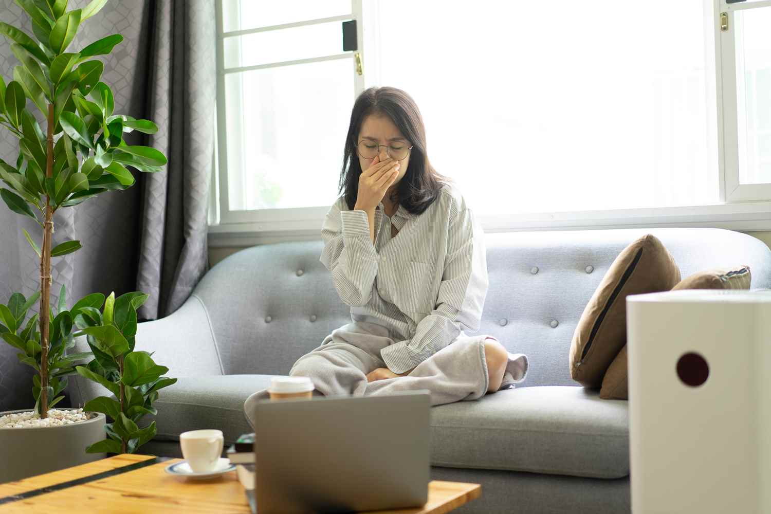 How Do Humidifiers Help with A Dry & Sore Throat?